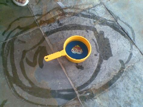 Water painting-circles